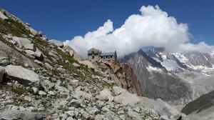 Pohodniki pravočasno odpovedali namestitev v francoskih gorah, vendar denarja nazaj niso dobili
