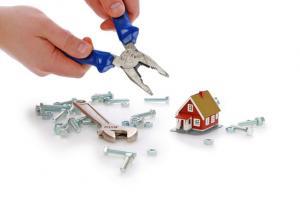 Potrošnik do odškodnine za škodo, povzročeno pri prenovi stanovanjske hiše